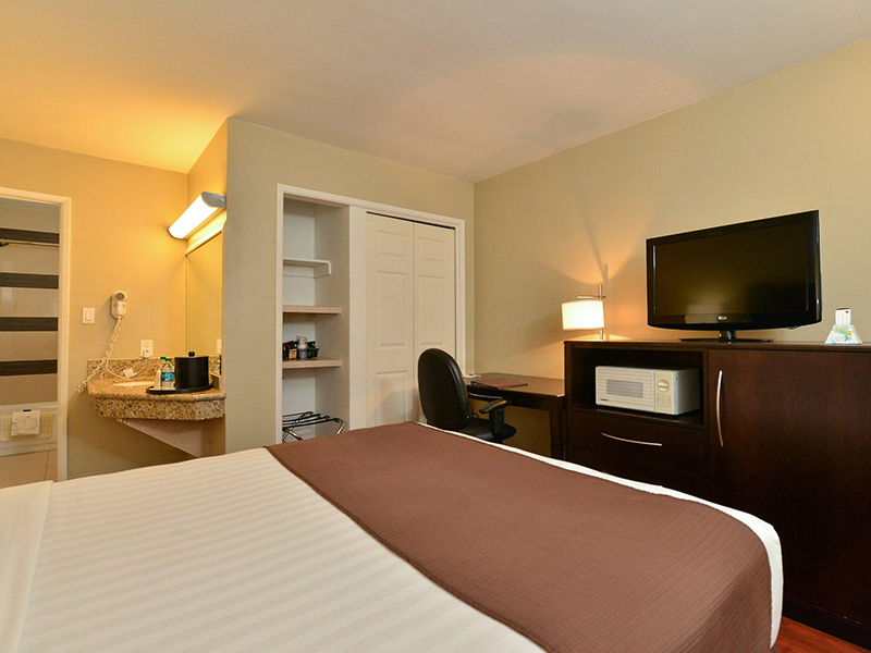 photo of hotel guest room